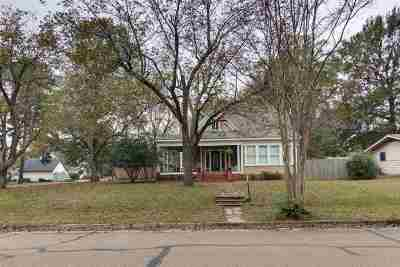 Texarkana Single Family Home For Sale: 2803 Magnolia