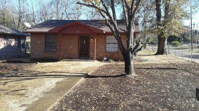 Texarkana Single Family Home For Sale: 1220 Martha