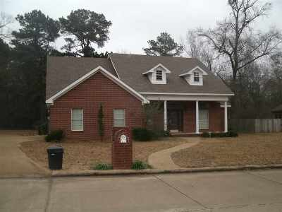 Single Family Home For Sale: 412 Peter Alan