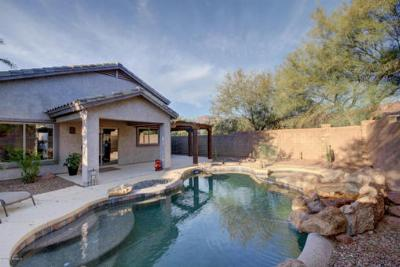 Single Family Home Sold: 6729 E Hacienda La Noria Lane