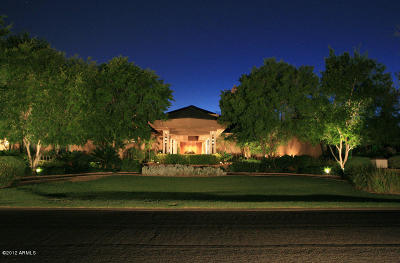 Phoenix Single Family Home For Sale: 15 Biltmore Estate