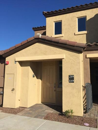 Chandler Condo/Townhouse For Sale: 250 W Queen Creek Road #219