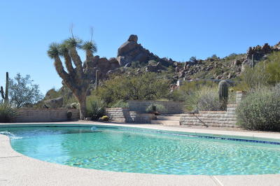 Carefree AZ Single Family Home UCB (Under Contract-Backups): $735,000