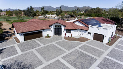 Scottsdale Single Family Home For Sale: 9740 E Kalil Drive