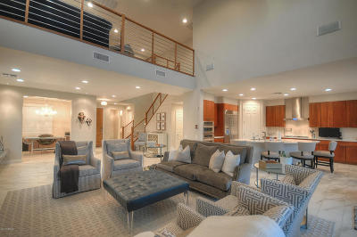 Phoenix Single Family Home For Sale: 3852 E Melinda Drive