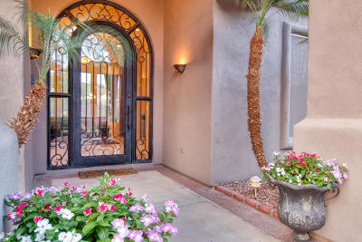 Phoenix Single Family Home For Sale: 15033 S 7th Street