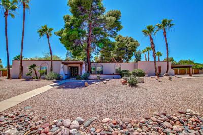 Paradise Valley Single Family Home For Sale: 9830 N 67th Street