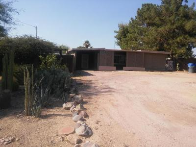 Single Family Home For Sale: 1126 E Brown Street