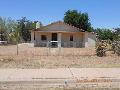 Douglas Single Family Home For Sale: 1206 E 5th Street