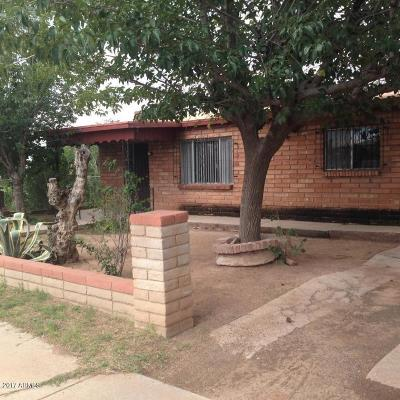Douglas AZ Single Family Home For Sale: $115,000