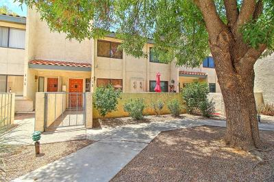 Scottsdale Condo/Townhouse For Sale: 2615 N Hayden Road #112