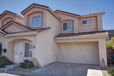 Phoenix Condo/Townhouse For Sale: 2633 E Roma Avenue