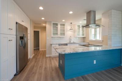 Scottsdale Apartment For Sale: 7436 E Chaparral Road #B258
