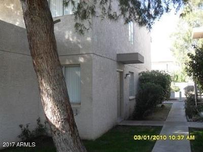 Phoenix Condo/Townhouse For Sale: 2609 W Ocotillo Road #4