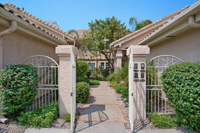 Scottsdale Condo/Townhouse For Sale: 10390 E Lakeview Drive #105