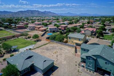 Phoenix Residential Lots & Land For Sale: 513 W Desert Lane