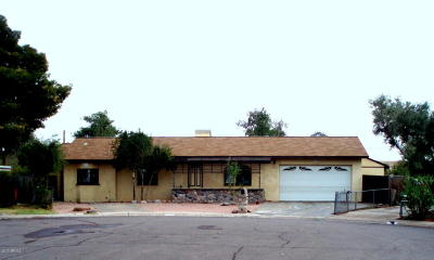 Tempe Single Family Home For Sale: 1835 E Randall Drive