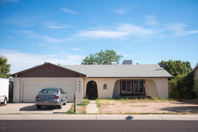 Glendale Single Family Home UCB (Under Contract-Backups): 5225 W Sunnyside Drive