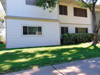 Phoenix  Apartment For Sale: 2559 W Rose Lane #A101