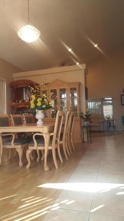 Litchfield Park Single Family Home For Sale: 5826 N Castano Court