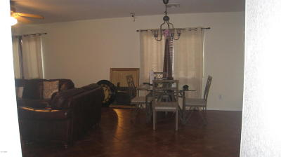 Tolleson Single Family Home For Sale: 8333 W Watkins Street