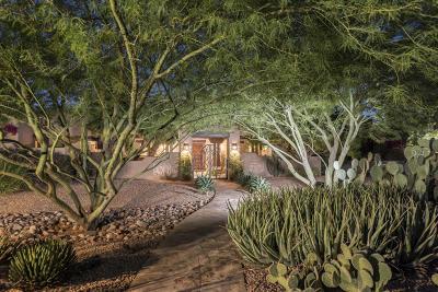 Paradise Valley Single Family Home For Sale: 6200 E Naumann Drive