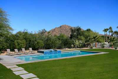 Paradise Valley Single Family Home For Sale: 4726 E Lincoln Drive