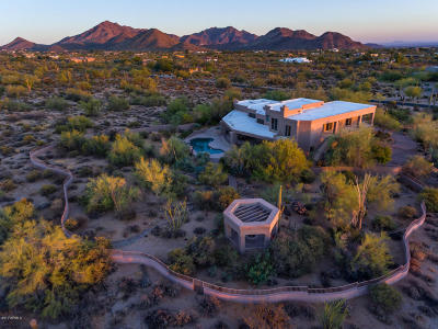 Apache Junction, Gilbert, Laveen, Maricopa, Mesa, Phoenix, Scottsdale, Tempe Single Family Home For Sale: 9701 E Happy Valley Road #10