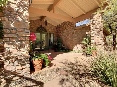 Cave Creek Single Family Home For Sale: 39042 N School House Road