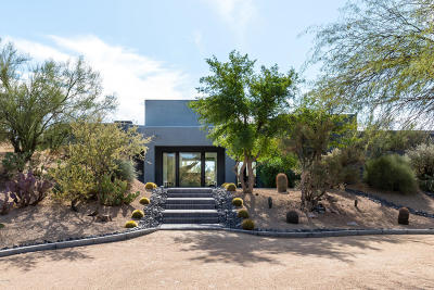Carefree AZ Single Family Home For Sale: $1,850,000