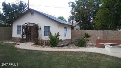 Phoenix Single Family Home For Sale: 7034 N 23rd Drive