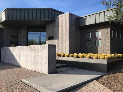 Paradise Valley Single Family Home For Sale: 3256 E Valley Vista Lane