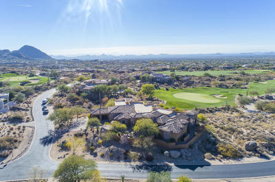Scottsdale Single Family Home For Sale: 10075 E Cinder Cone Trail