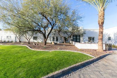 Paradise Valley Single Family Home For Sale: 5718 E Bar Z Lane