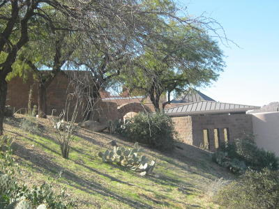 Carefree AZ Single Family Home For Sale: $1,350,000