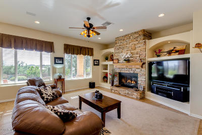 Gold Canyon Single Family Home For Sale: 2586 S Tonto View
