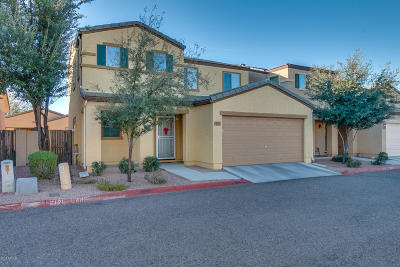 Mesa Condo/Townhouse For Sale: 2565 E Southern Avenue #12