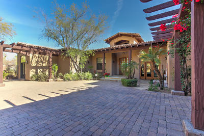 Fountain Hills Single Family Home For Sale: 9755 N Red Bluff Drive