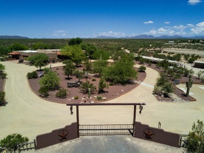 Yavapai County Single Family Home For Sale: 35450 S Gold Rock Circle