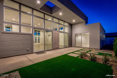 Phoenix Single Family Home For Sale: 1822 E Palmaire Avenue