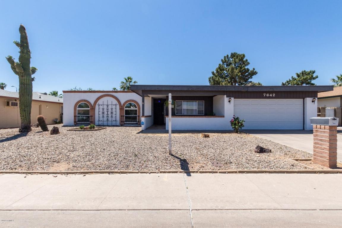 Listing 7642 N 46th Avenue Glendale Az Mls 5730077 Homes For Garage Property Photo