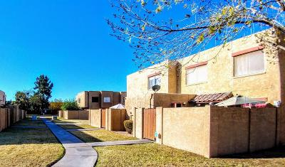 Mesa Condo/Townhouse For Sale: 948 S Alma School Road #83