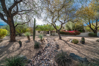 Paradise Valley Single Family Home For Sale: 6724 N 60th Street