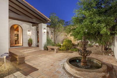 Scottsdale Single Family Home For Sale: 8325 E La Senda Drive