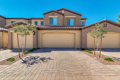 Chandler Condo/Townhouse For Sale: 250 W Queen Creek Road #116