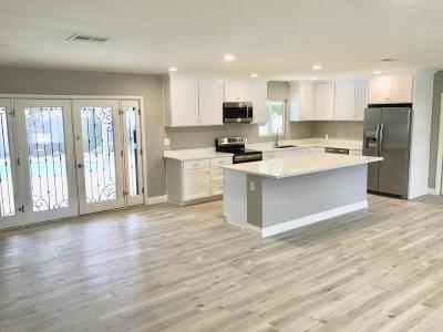 Phoenix Single Family Home For Sale: 1509 W Flynn Lane