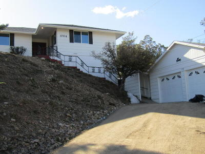 Prescott Single Family Home For Sale: 1704 Oaklawn Drive