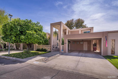 Scottsdale Condo/Townhouse For Sale: 7252 N Via De La Montana