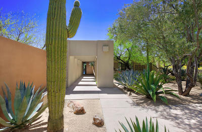Paradise Valley Single Family Home For Sale: 6711 N 47th Street