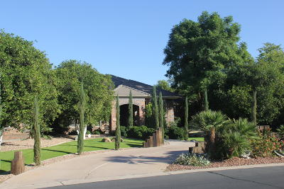 Mesa Single Family Home For Sale: 2505 N Maple Circle
